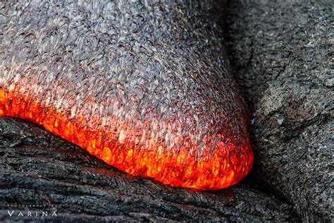 nobi visval bag lava photographing flowing lava in hawaii