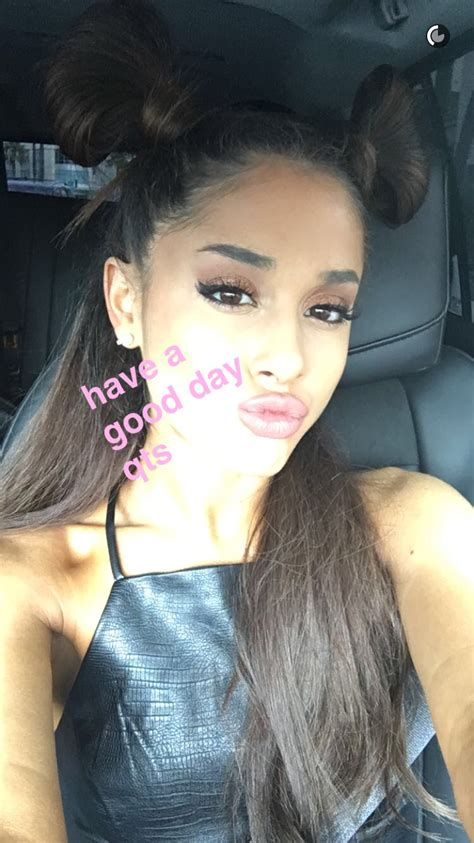 i m snapchat friends with justin bieber and ariana grande