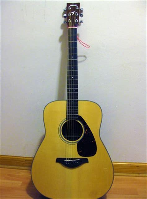 Harga Gitar Yamaha Fg 700 low price yamaha fg700s vs yamaha fg730s best acoustic guitar