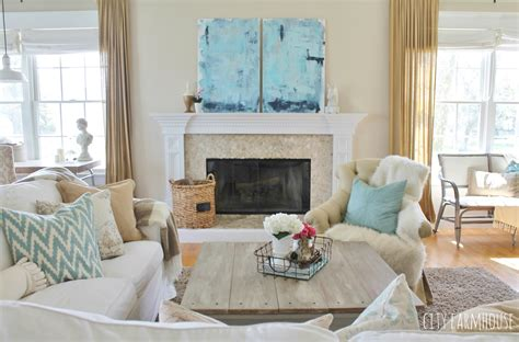 family room decor diy abstract a coastal look for 30 city farmhouse