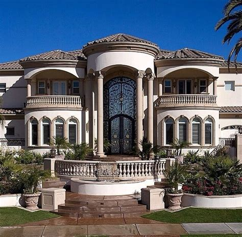 mansion home designs 730 best livin large homes images on