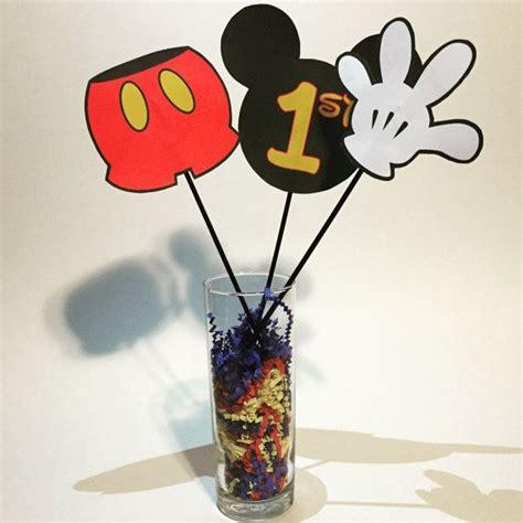 mickey mouse centerpiece oltre 25 fantastiche idee su centrotavola di topolino su