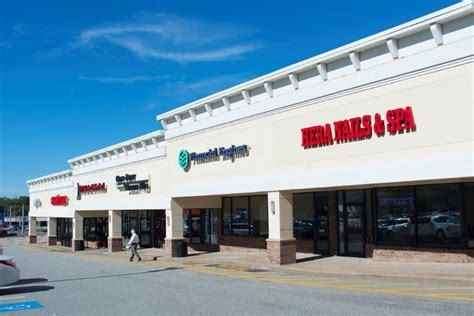 retail space for lease in warwick ri linear retail