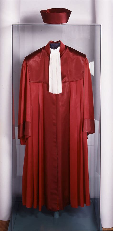 bundesverfassungsgericht robe karlsruhe wird residenz des rechts 183 vom