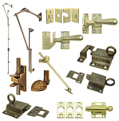 Image Gallery hinges and latches