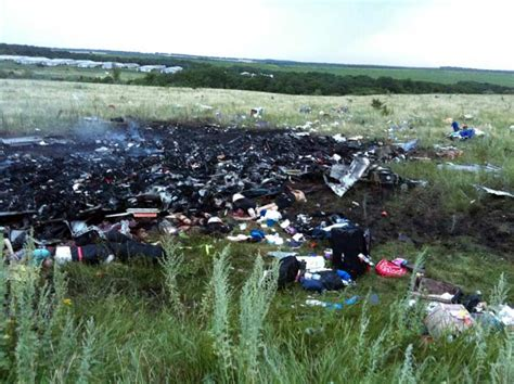 malaysia airlines flight 17 shot down in ukraine how did malaysia airlines plane with 298 onboard shot down in