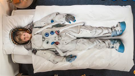 best sheets ever astronaut sheets guarantee the best dreams ever gizmodo