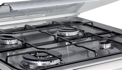 cucine a gas indesit cucina a gas con forno elettrico pureglass indesit