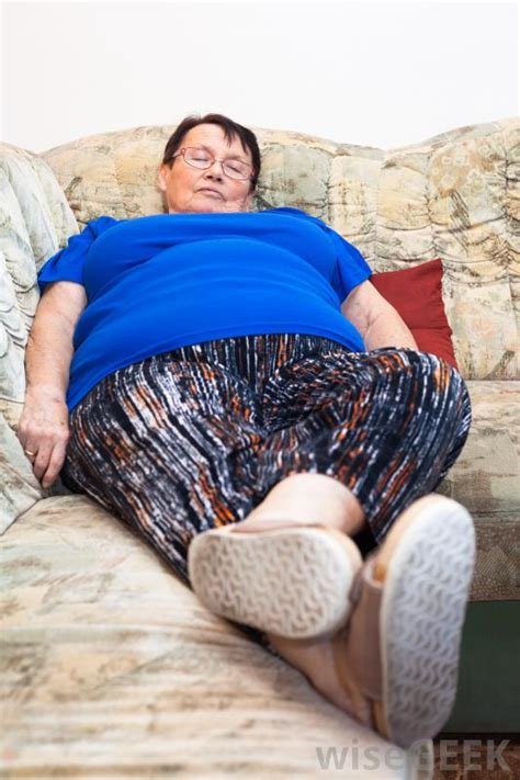 bbw on couch sleeping fat women porn metro pic