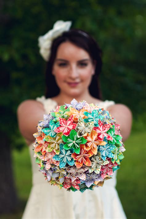 Origami Flower Wedding Bouquet - diy how to origami paper flower bouquet capitol