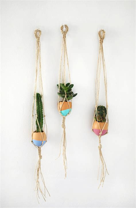Craft Macrame - make your own mini macrame succulent egg decorations for