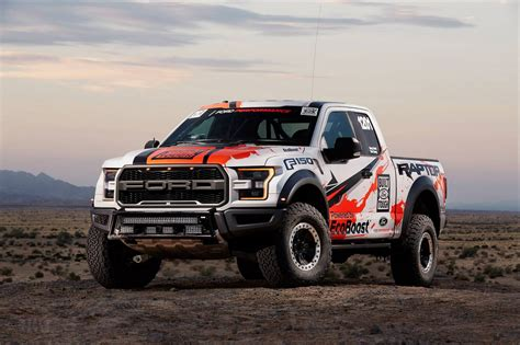 ford raptor photo of the day 2017 ford f 150 raptor stuns in the