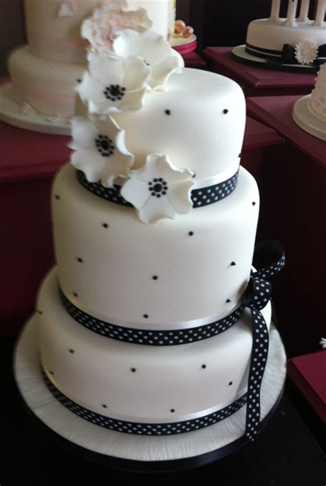 New Wedding Cake Designs by Recent Wedding Cakes 171 S Cake Wedding Cakes