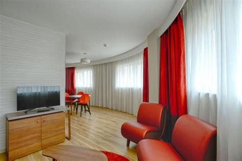birmingham one bedroom flat adagio birmingham city centre one bedroom apartment