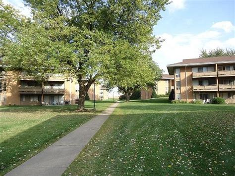 suburban apartments rentals dekalb il apartmentscom