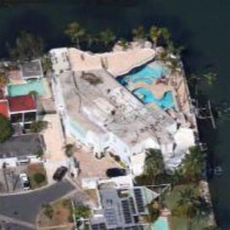 daddy s house daddy yankee s house in carolina puerto rico google maps virtual globetrotting