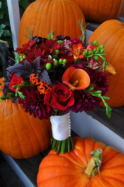 Fall Wedding Flower Pictures by Wedding Emergency Kits By Mojuba Fall For Fall Wedding