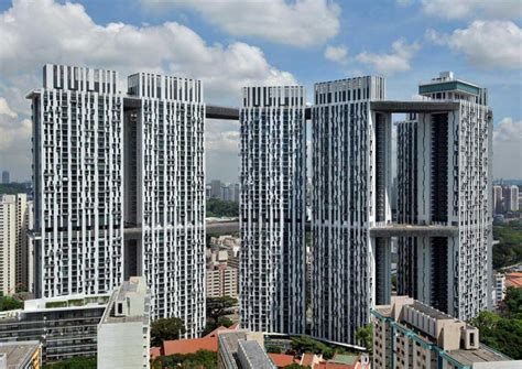 singapore amusement parks pinnacle of entertainment the 5 room pinnacle duxton flat sold for record breaking 1