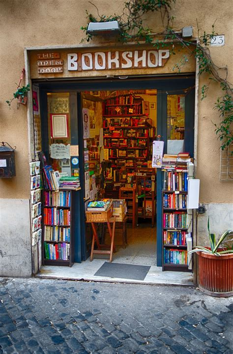 libreria vaticana roma rome bookshop in trastevere majestic vatican city