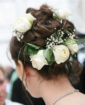 Wedding Hair With Roses by Bridal Hair Updo With Fresh White Roses
