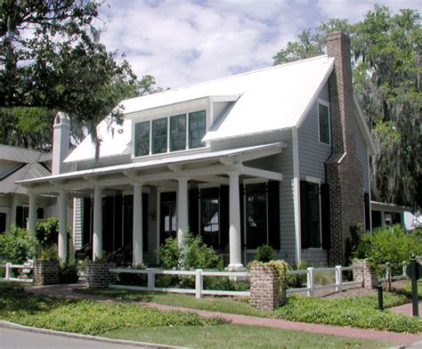 southern house plan lowcountry cottage cottage living southern living