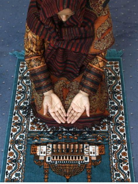 obama muslim prayer rug pin by allison bolton on obama s liberal insanity