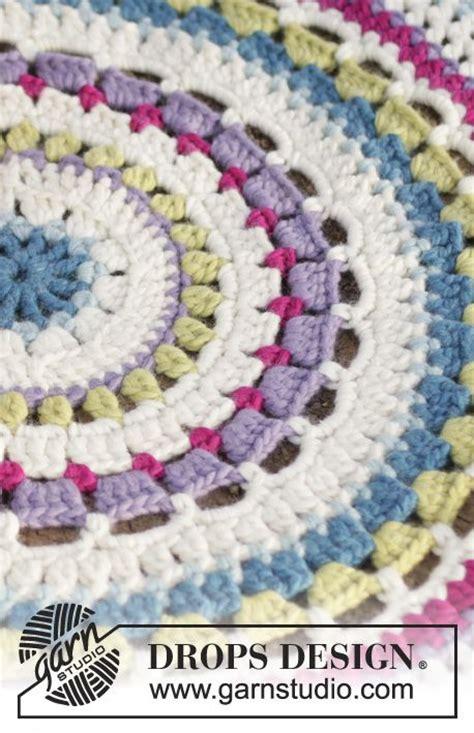 tappeto crochet 10 idee su tappeto all uncinetto su lavoro