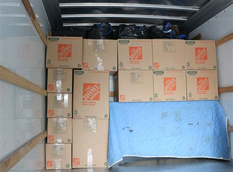 how many movers should i hire for move