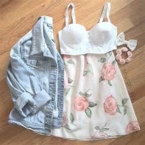Hollister Flowers - cute summer dresses
