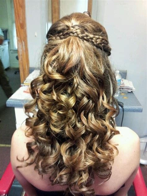 homecoming princess hairstyles 98 best images about homecoming hair on pinterest