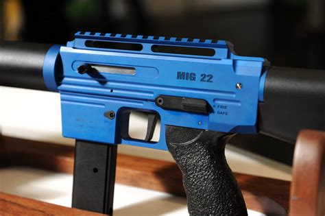rock island armory mig 22 standard semi automatic rimfire rock island armory mig 22 the firearm blogthe firearm blog