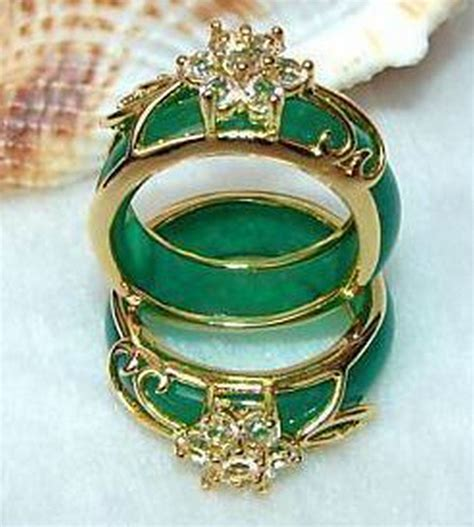 2pcs carvings green jade ring in rings from jewelry