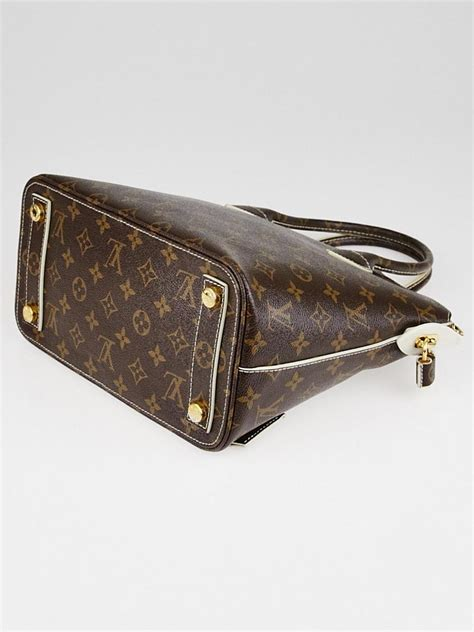 Louis Vuitton Junk It Louis Vuitton Limited Edition Replica Painted Oldsmobile Cutlass by Louis Vuitton Limited Edition Monogram Lockit Bag