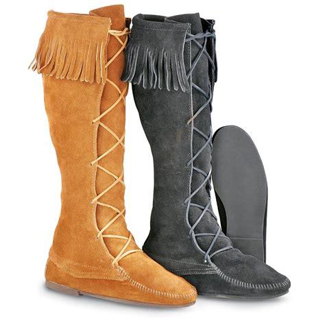minnetonka moccasins boots s minnetonka moccasins 174 knee high front lace