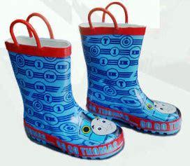 Sepatu Boot Hujan Anak perlengkapan hujan sepatu boot anak karakter