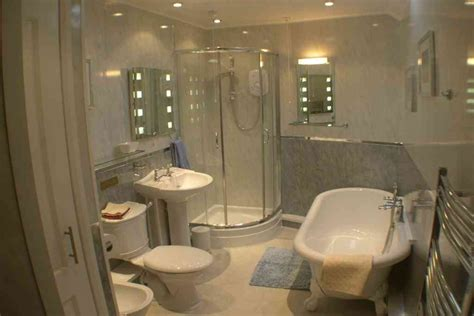 how much does it cost to remodel bathroom how much cost