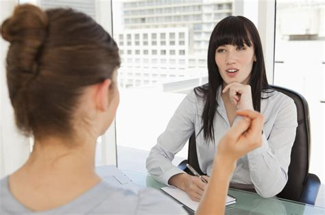 10 intelligent questions to ask on an informational interview