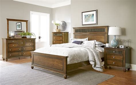 cotswold bedroom furniture cotswold grove root panel bedroom set p111 36 78