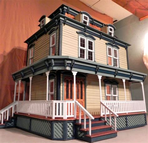 custom doll houses 1000 images about dollhouses artistic unique on pinterest queen anne dollhouse miniatures