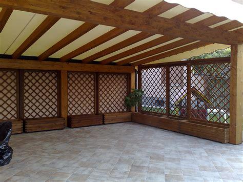 legno per tettoie tettoie in legno moderne box auto x a due falde with