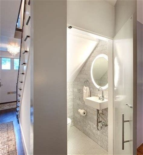 how to add a shower to a small bathroom best 25 bathroom stairs ideas on