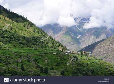 Landscape Pictures Of Kashmir Beautiful Kashmir Valley And High Altitude Himalaya