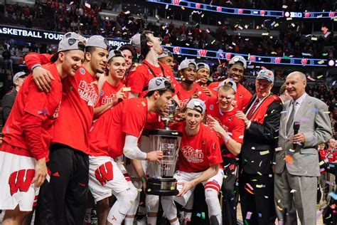 badgers basketball owns the night at wisconsin sports