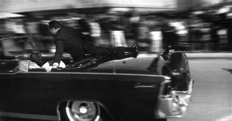 Jfk Limousine by Who Jumped On Jfk S Limo Recounts Fateful Moments