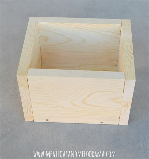 How To Make Planter by Meatloaf And Melodrama Diy Wood Fleur De Lis Planter Box