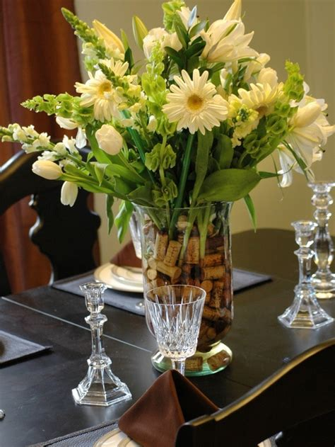 Floral Centerpieces For Dining Tables Exquisite Dining Room Table Centerpieces For A Complete Experience