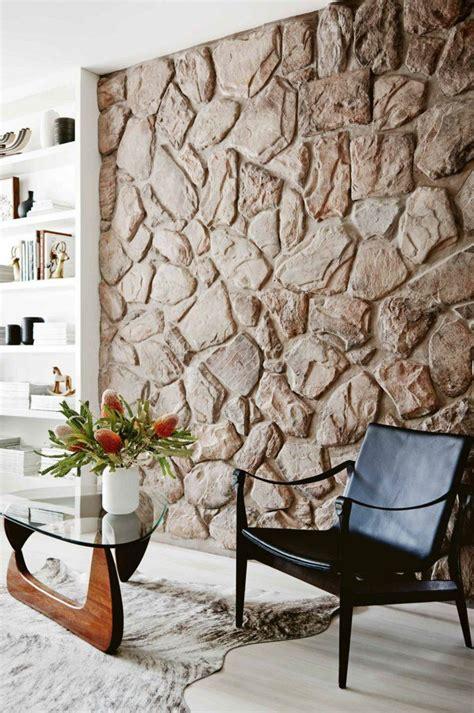 steinwand wohnzimmer  beispiele wie steine auf das