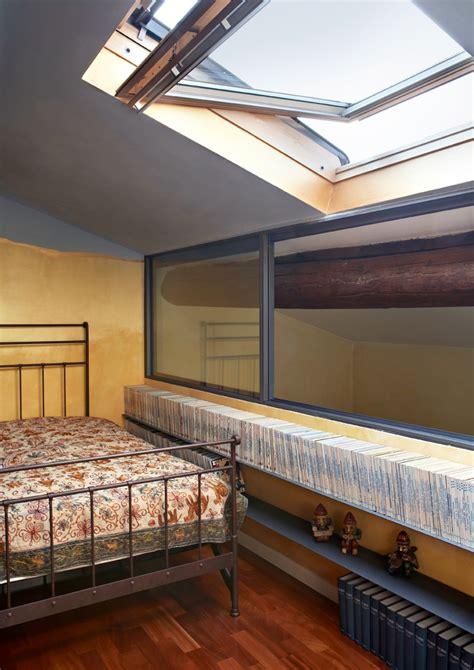 da letto sottotetto restauro di una mansarda che racconta una storia mansarda it