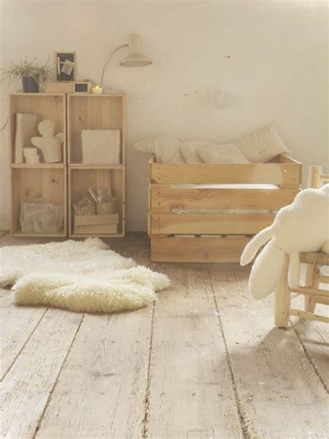 chambre enfant bois touches de bois dans une chambre d enfant picslovin
