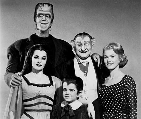 imagenes de la familia monster gratis the munsters great old tv shows pinterest